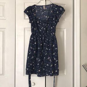 Xhilaration daisy dress